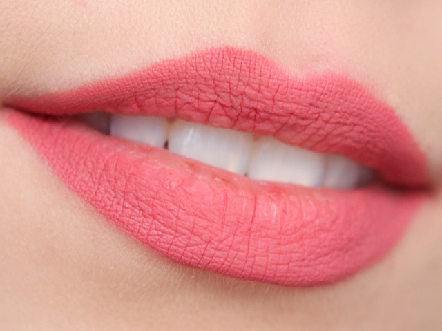 5 DIY Tips To Plumper Lips