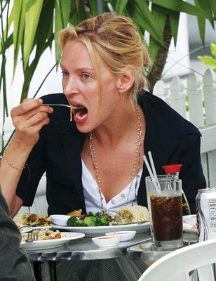 Awkward Pictures Of Celebrities Eating 1191869300