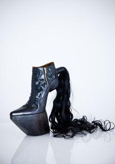 30 Weirdest Shoes In The World 1902049162