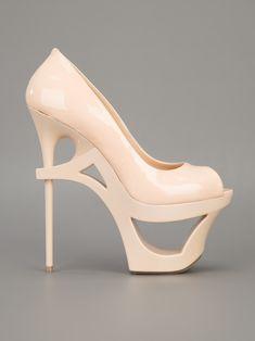 30 Weirdest Shoes In The World 473385766