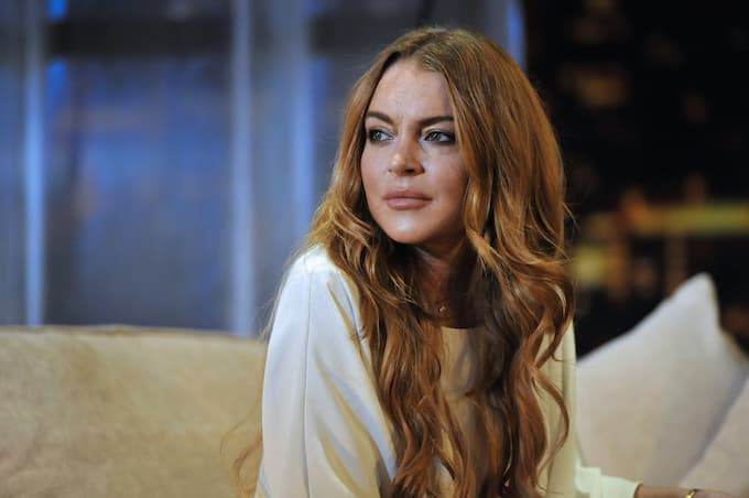 Lindsay Lohan Accuses Parents Of Trafficking Their Children In Bizarre Video!