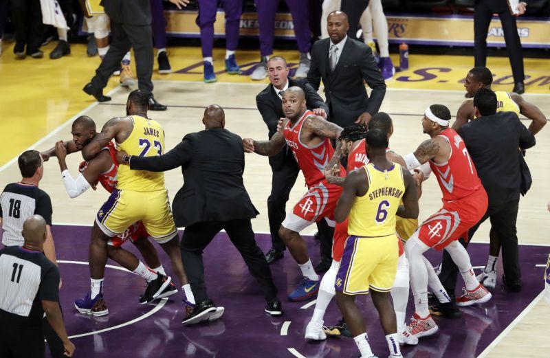 "Lakers Rajon Rondo Calls Chris Paul A ""Horrible Teammate"""