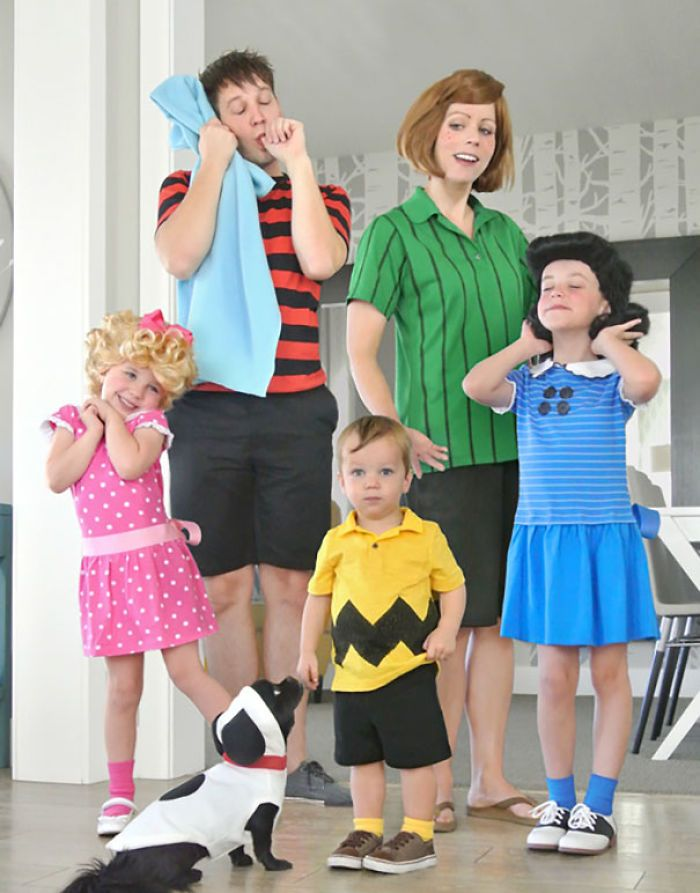 41 Of The Best Family Halloween Costumes You've Ever Seen!