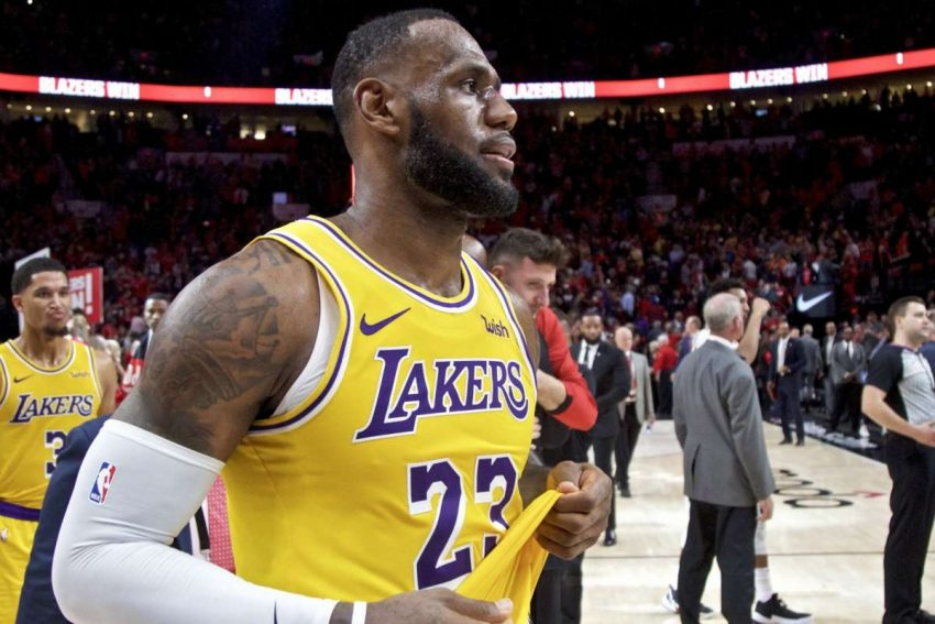 434ccfd980e Lakers Get Into Fight With Houston Rockets During LeBron James Home Debut