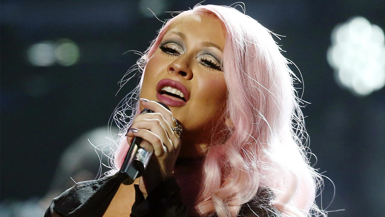 Christina Aguilera Upsets Fans After Charging More For Plus-Sized Merchandise