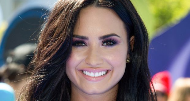 Demi Lovato 90 Days Sober & Her Mom 'Couldn't Be More Thankful'