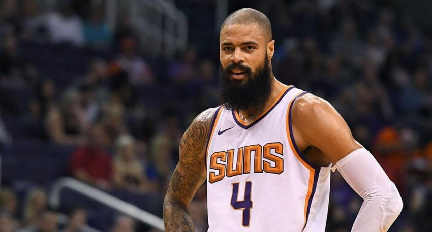 Los Angeles Lakers Officially Add Tyson Chandler To Roster