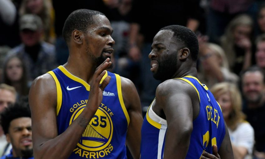 Kevin Durant & Draymond Green Get Into Heated Exchange