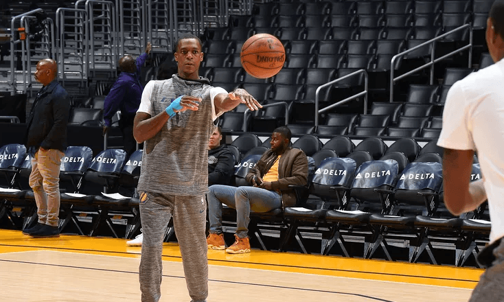 Rajon Rondo Assigned To The South Bay Lakers G League