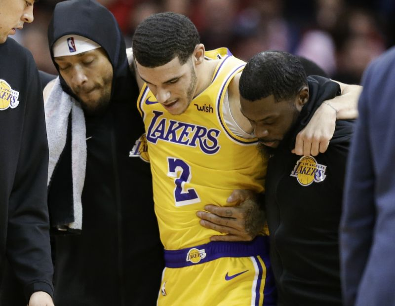 Lonzo Ball Injures His Ankle Vs Rockets