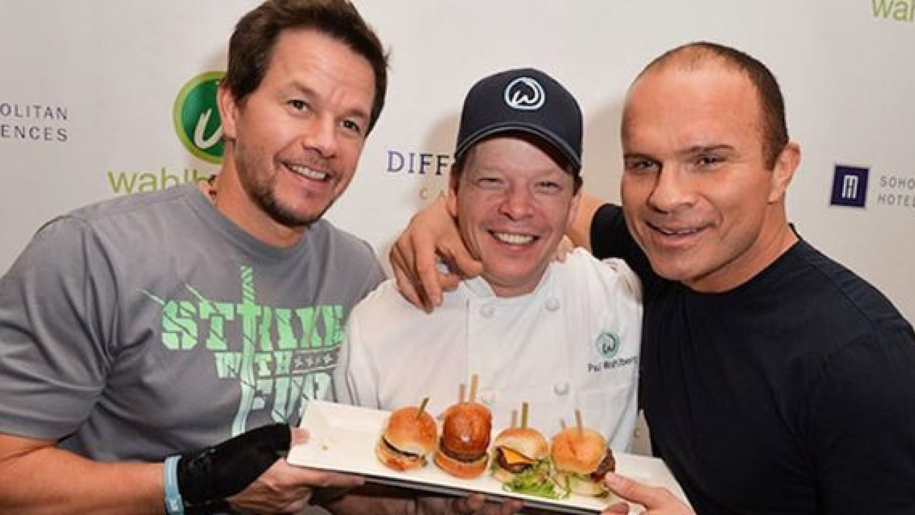 Wahlberg Brothers Burger Chain Is Making Their Way To Texas