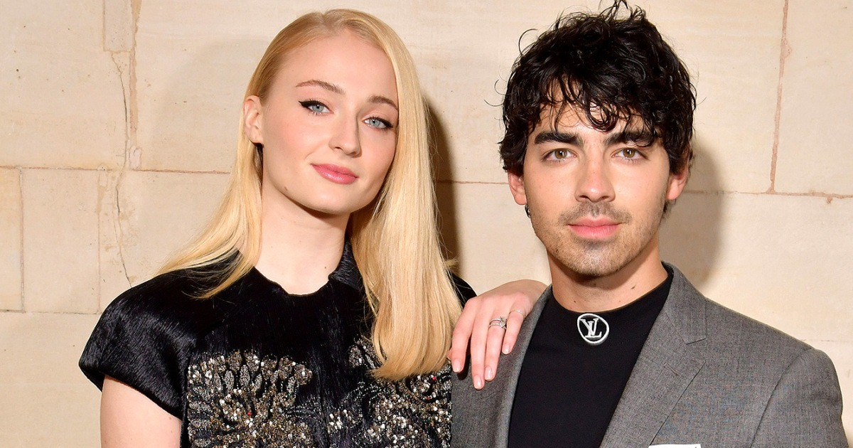 Joe Jonas And Sophie Turner Got Married At Las Vegas Chapel