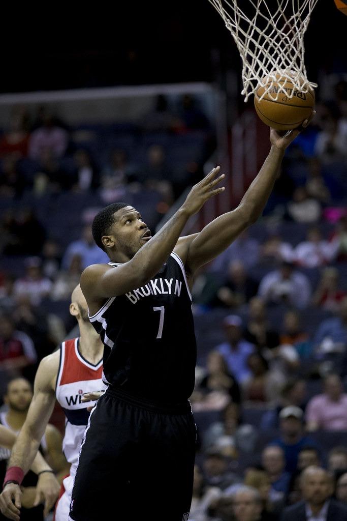Joe Johnson Making An Effort To Stay On Pistons Roster