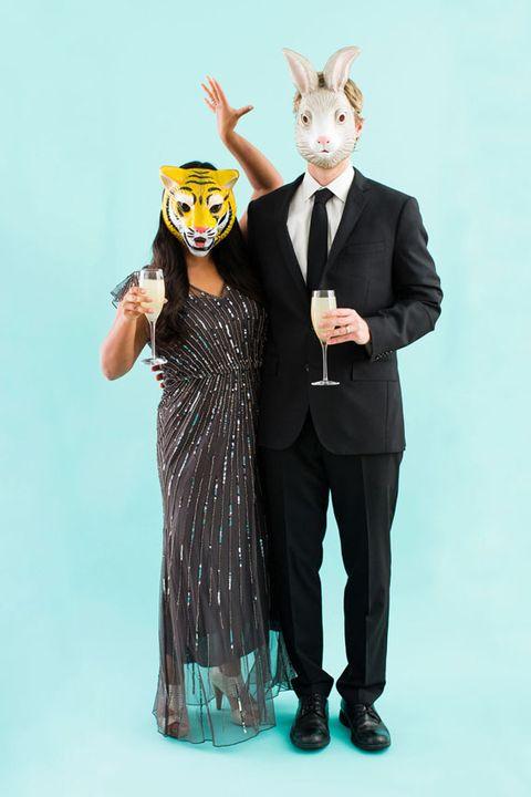 12 Best Couples Halloween Costumes 631040787