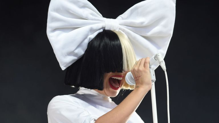 Sia Revealed She Has A Neurological Disease 324438687