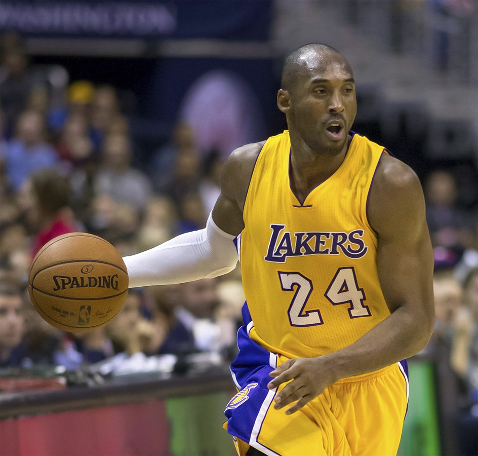 Kobe Bryant And 13-Year-Old Daughter Gianna Killed In Helicopter Crash 1070553017