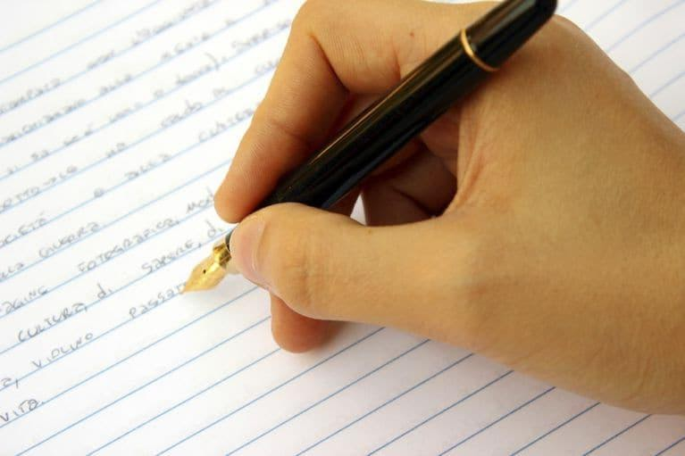 How Students Can Write An Excellent Essay For College 1474587978